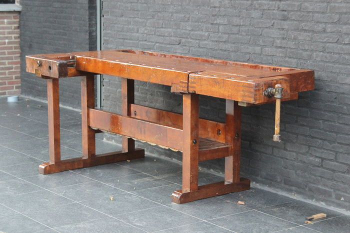 German Hobelbank workbench with two vices - Catawiki