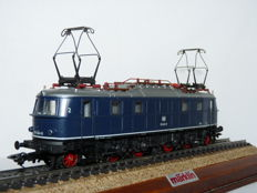 Märklin H0 - 3768 - Electric locomotive BR 118 of the DB