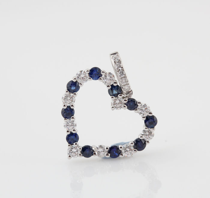 18 kt diamond and sapphire heart pendant 027 033 ct 110 g 18 kt diamond and sapphire heart pendant 027 033 ct 110 g aloadofball Image collections