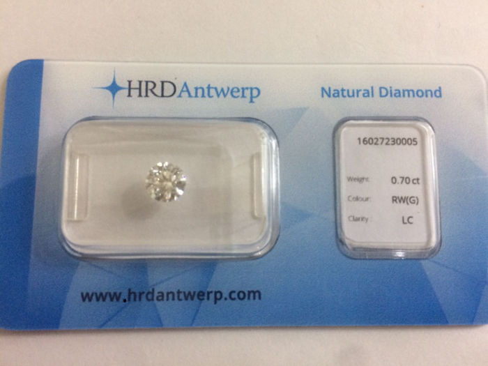 0.70 brilliant-cut diamond Colour G Loupe Clean IF clarity with certificate HRD High Council EXC EXC EXC