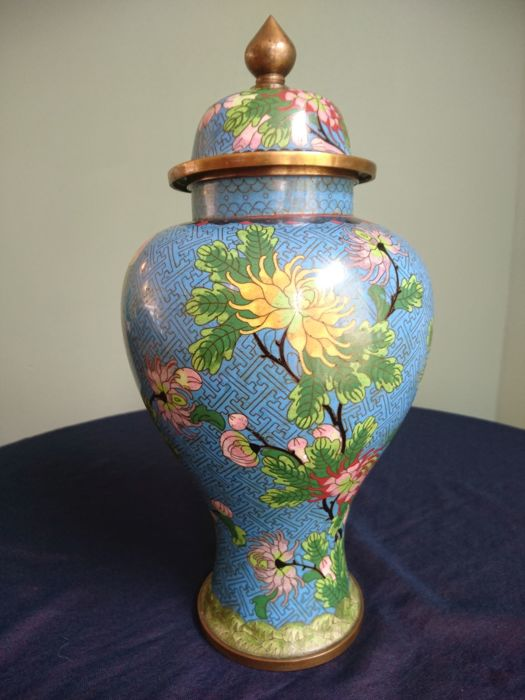 Large cloisonné vase – China – second half of the 20th century
