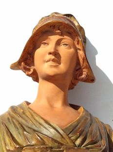 Young woman - Art Nouveau plaster bust