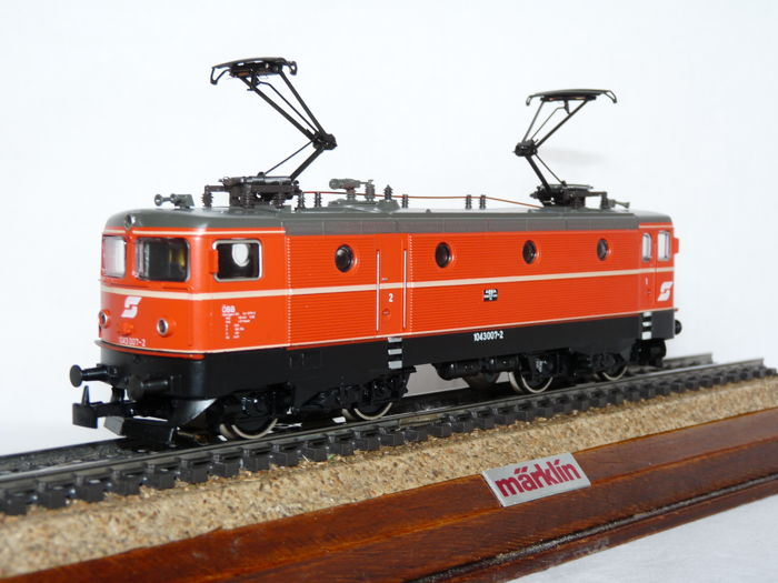 Märklin H0 - 3160 - Electric locomotive Series 1043 of the ÖBB