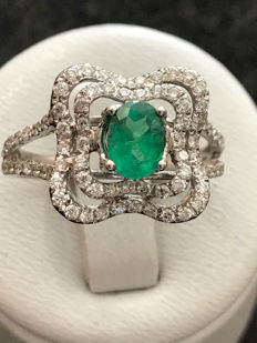 Very pretty gold ring with emerald and Top Wesselton diamonds