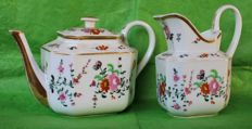 "Old Paris - teapot + milk jug ""  RANUNCOLI "" - 1850/1860"