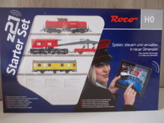 """Roco H0 - 41502 - Starter """"Set z21"""", with train, rail oval, z21 control centre, W-LAN router and electrical plug feed"""