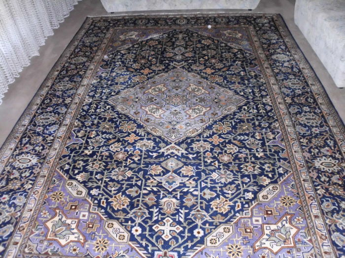 Persian carpet, 349 cm x 249 cm - Iran - around 2015