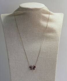 Vintage 18K white gold butterfly pendant ladies necklace with blue sapphire (1.38 CT Total) and diamonds (0.07 ct total)