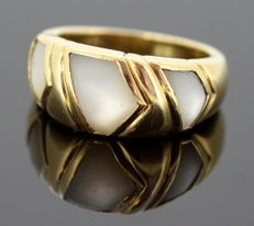 Bvlgari - 18K Yellow gold ring with white quartz, Italy 1970 - Size UK: N US: 7 EU: 54