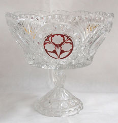 High Quality Cut Glass Large Fruit Stand With Cranberry Flower Decoration