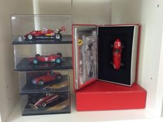Ixo / Quartzo / Hot Wheels - Scale 1/43 - Lot with 5 models: 5 x Ferrari F1 cars