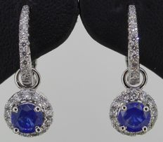 18 kt white gold earrings set with brilliant cut diamonds 0.54 ct & Blue Sapphire 1.18 ct - Total length earrings: 22.2 mm and Width earrings (halo): 12.84 mm