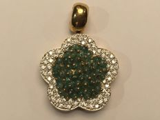 18 kt Gold pendant with zirconias and emeralds