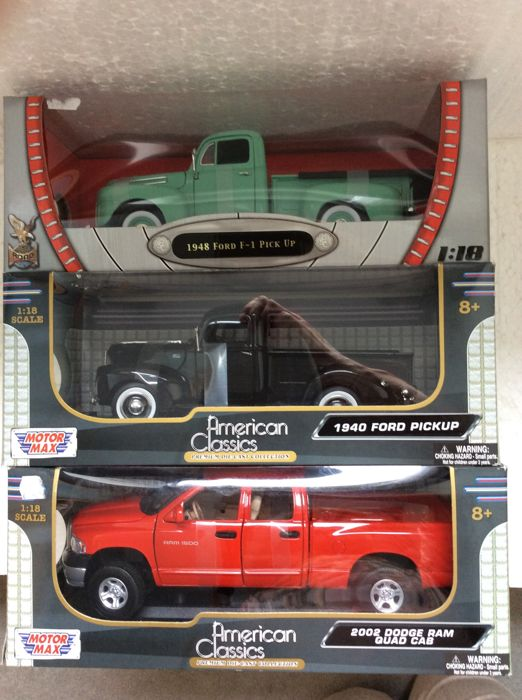 Road Signature/Yat Ming - Scale 1:18 - 1948 Ford F-1 Pick Up and Motormax - 1940 Ford Pick Up - 2002 Dodge Ram Quad Cab