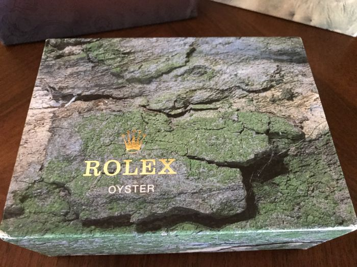 Rolex vintage box in very good condition