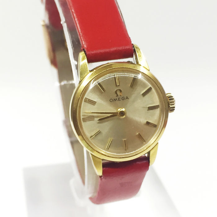 1965 Vintage Omega Gold Plated Ladies Watch