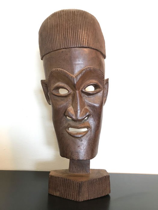 Very large wooden mask - standing - Africa - second half 20th century.