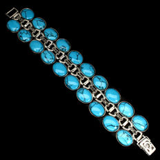 Bracelet in 925 silver with turquoises and marcasites.