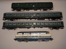 Lima/Jouef H0 - 201632/5791/5101 - Diesel locomotive Series BR 218 of the DB and 3 passenger carriages of the DB