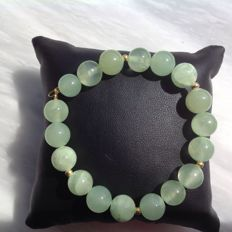 Bracelet made of Green Chalcedony, 27 grams, 20.5 cm, Yellow gold, 18 kt / 750.