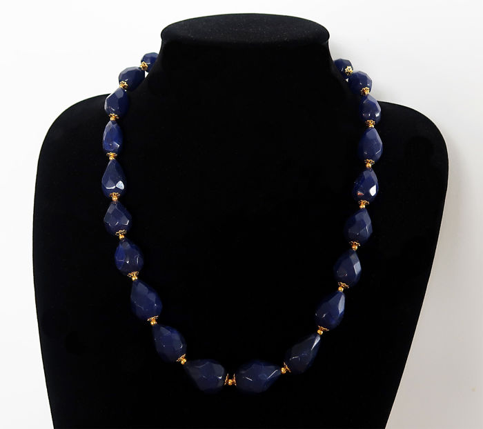 Facetted sapphire necklace - 14 kt gold clasp - approx. 500 ct