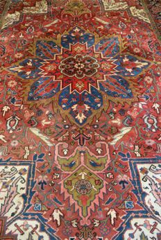 High-quality hand-knotted Persian carpet -Heriz- 346 × 228 cm End of the 20th century