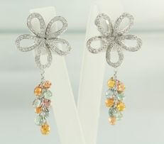 18 kt white gold earrings with citrine, green amethyst and brilliant cut diamonds, height 4.0 cm, width 1.9 cm