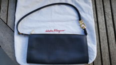 Salvatore Ferragamo – Clutch