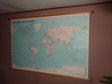 """Dutch world map of linen """"The countries of the world"""""""
