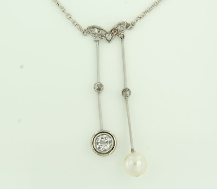Platinum necklace set with freshwater cultured pearl and Bolshevik and rose cut diamonds