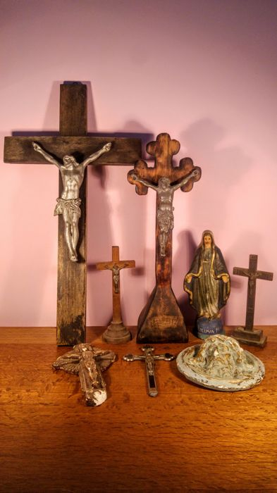 Huge Lot of 8 pieces Catholic devotional items, ca. first half 20th century