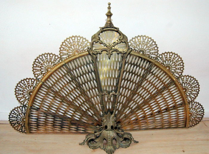 Fireplace screen fan shape copper / brass - Brass