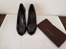 Gucci – Suede and leather shoes – Open Toe Pumps – With heel