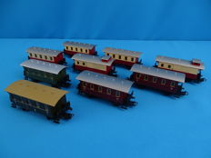 Märklin H0 - 9 passenger carriages of the DB