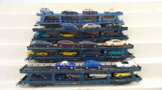 Märklin H0 - 4233 / 4234 - Four car transport carriages, loaded with cars of the Deutsche Bundesbahn (DB)