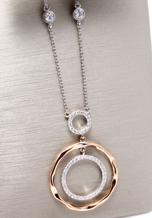 Pendant with 53 brilliant cut diamonds, 0.50 ct in total, accompanied by a jewellery certificate – necklace length 49 cm, white and rose gold.