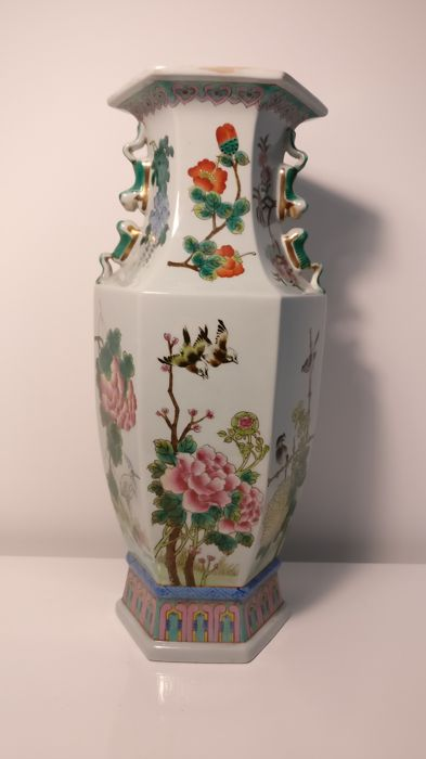 Hexagonal ceramic/porcelain vase - China - late 20th century