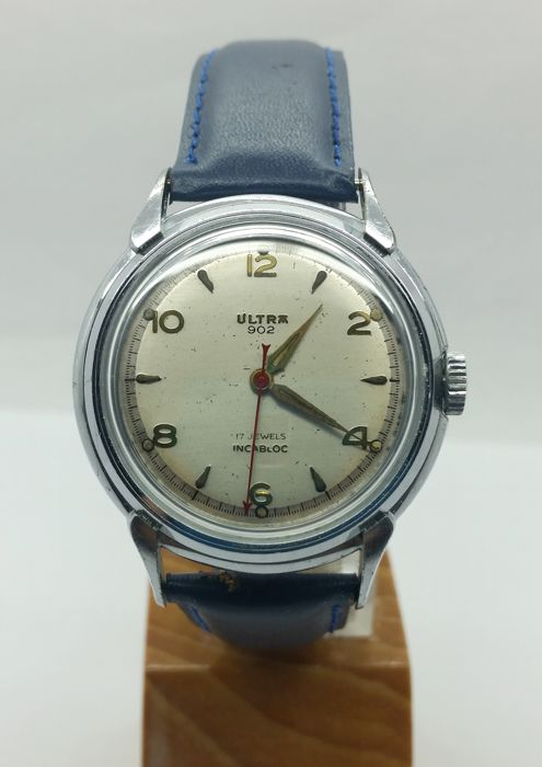 ULTRA 902 vintage wristwatch - 1970s