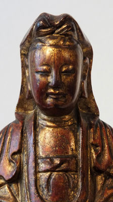 Fine Gilt Dry Lacquer Figure of Guan Yin - H 23 cm. - China - 19th century (Qing Dynasty)