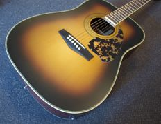 Richwood Limited Edition, Tobacco Sunburst, handmade electro-acoustic Dreadnought-guitar