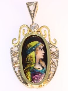 Gold enameled Art deco pendant from the French city of Limoges, anno 1920 - Reduced price!