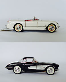 Franklin Mint - Scale 1/24 - 1953 Corvette - white & 1958 Corvette - black
