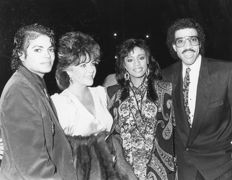 Janet Gough and Scott Downie -  Michael Jackson with Jane Fonda , Elisabeth Taylor , and Lionel Ritchie- 1980's