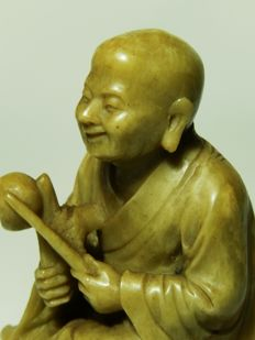 Extremely fine talc statue of a monk with instrument - China - ca. 1920