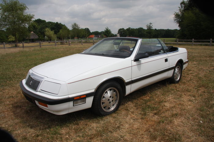 Chrysler - Le Baron 2.5 Turbo - 1988