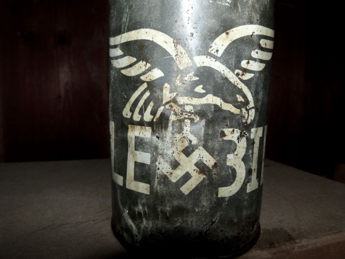 "Third Reich Tin Can ""FL. Achslagerfett LE 3ID"" (Axle Bearing Grease), Germany, around 1944, Original Content!"
