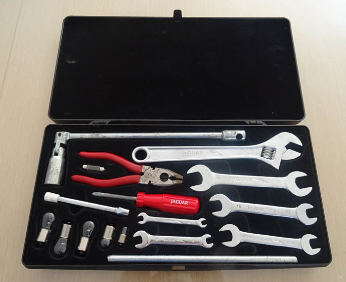 Jaguar XJ / XJS - Original tool set - 1980s