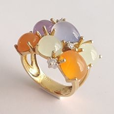 Tutti Frutti ring in yellow gold with jades, chalcedony, carnelians and diamonds – Size: 17.2 mm 14/54 (EU)