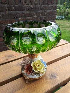 Capodimonte style vase in cut crystal and porcelain lined with copper flower garden, handmade 3.150kg