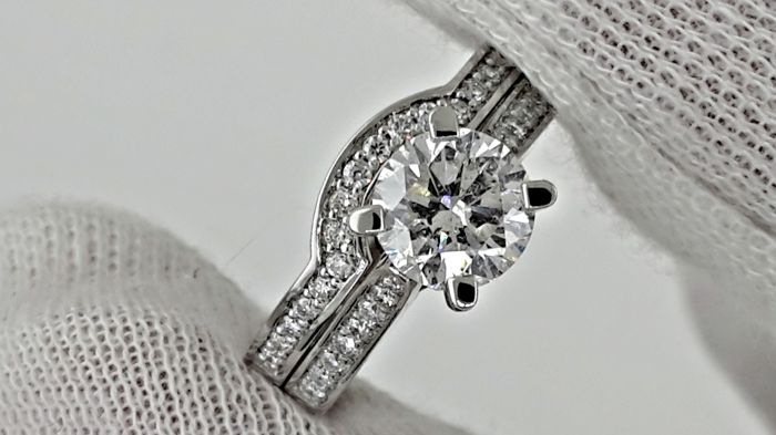1.48 Ct VS2  diamond solitaire ring & wedding enhancer made of 18 kt white gold - size 6,75
